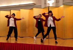 学内サークルUnlimited∞のメンバーによるダンス